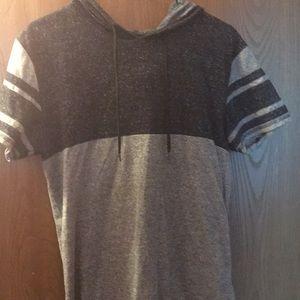 Short sleeved hooded tee